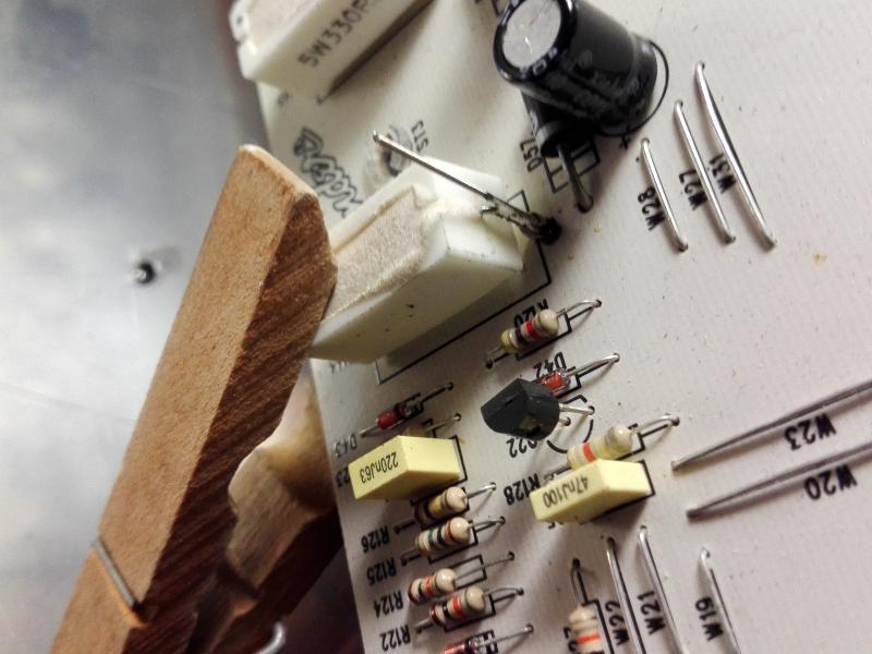 Riparazione Fender FM 212 R